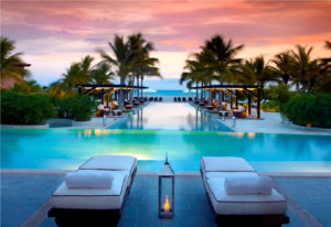 jw-marriott-panama-pool-at-dusk